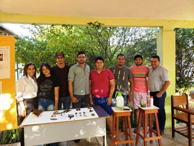 Aula prática da disciplina de Fitopatologia II do curso de Agronomia