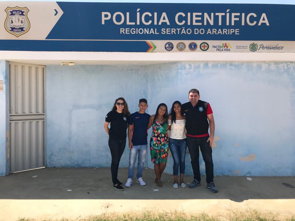 Alunos de Física realizam visita técnica à Sede da Regional de Polícia Científica do Sertão do Araripe